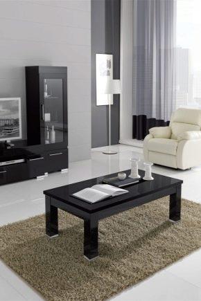 Mesas de café en el interior de la sala de estar: bellas ideas de diseño