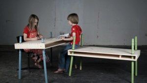 Mesa infantil de altura regulable