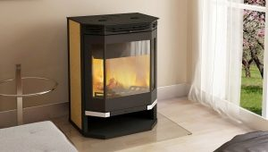 Angara-12 stove-fireplace: model with a water contour