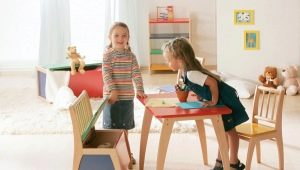 Features of the choice of children's plastic table