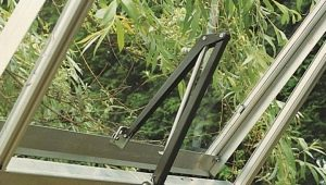 Vents for greenhouses: features, varieties and sizes