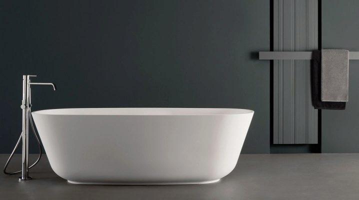 Mélangeurs de bain de sol: caractéristiques de conception, types et conception