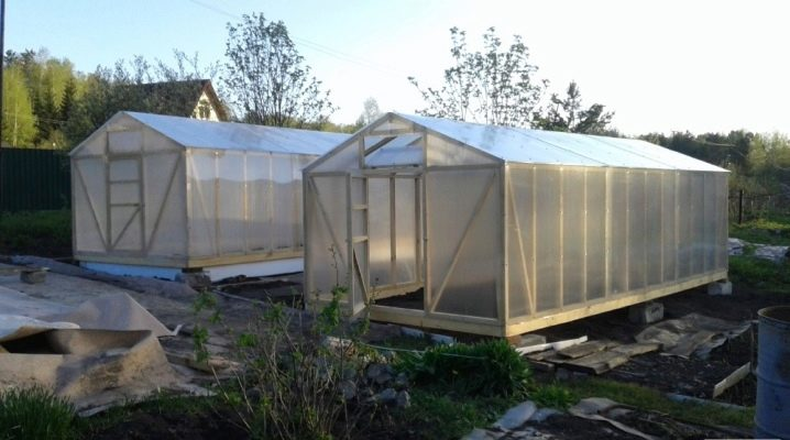 How to build a greenhouse from a bar?