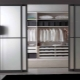 Compartimento de puertas al vestidor.
