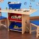 Barnens trästol med bord