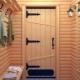 الأبواب الخشبية للحمام
