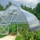 Reinforced greenhouses: what provides strength?