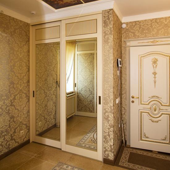 Armoire coulissante avec mezzanine (32 photos): modèle ...