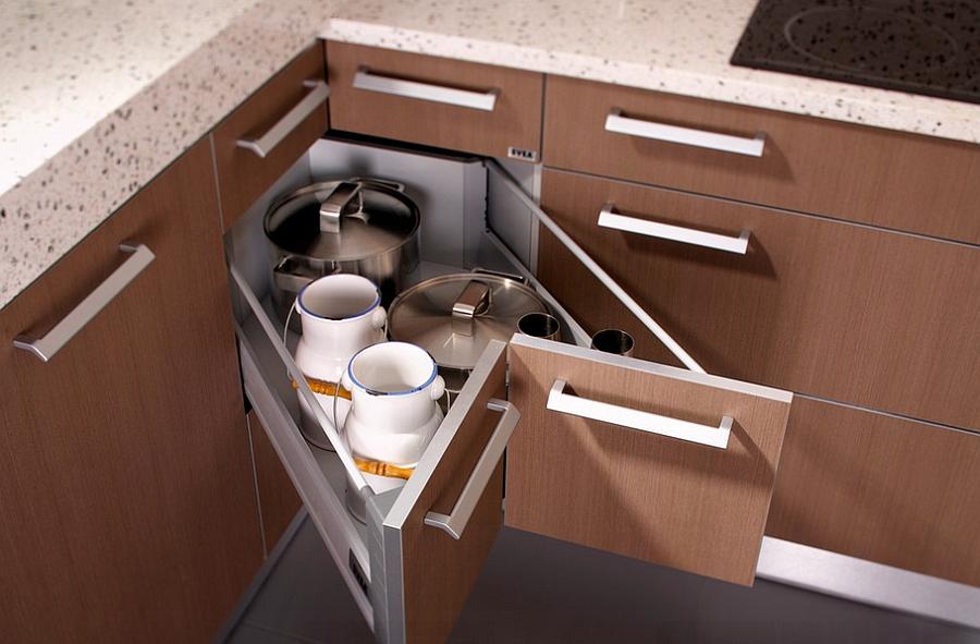 Curbstone per cucina con cassetti: un tavolo da cucina con ...