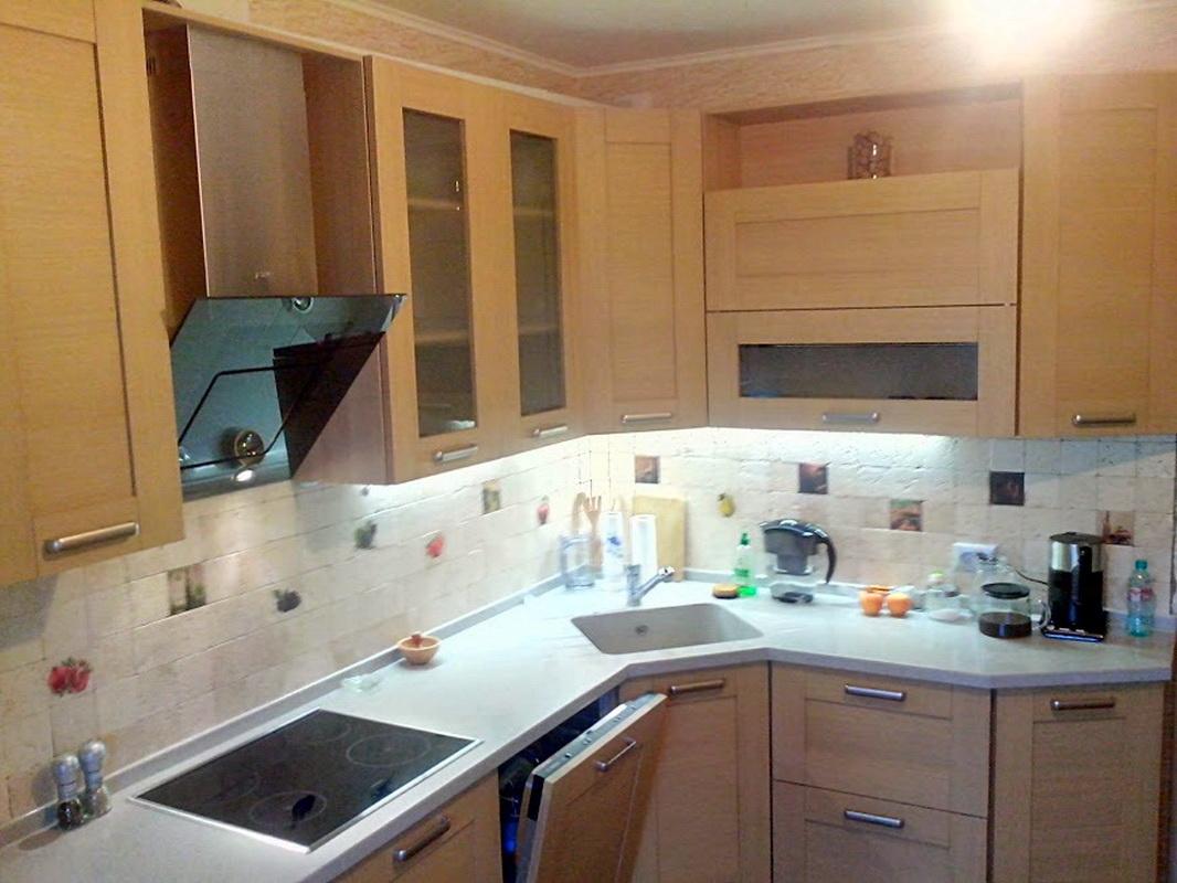 Mobile angolare sotto il lavello per la cucina (53 foto ...