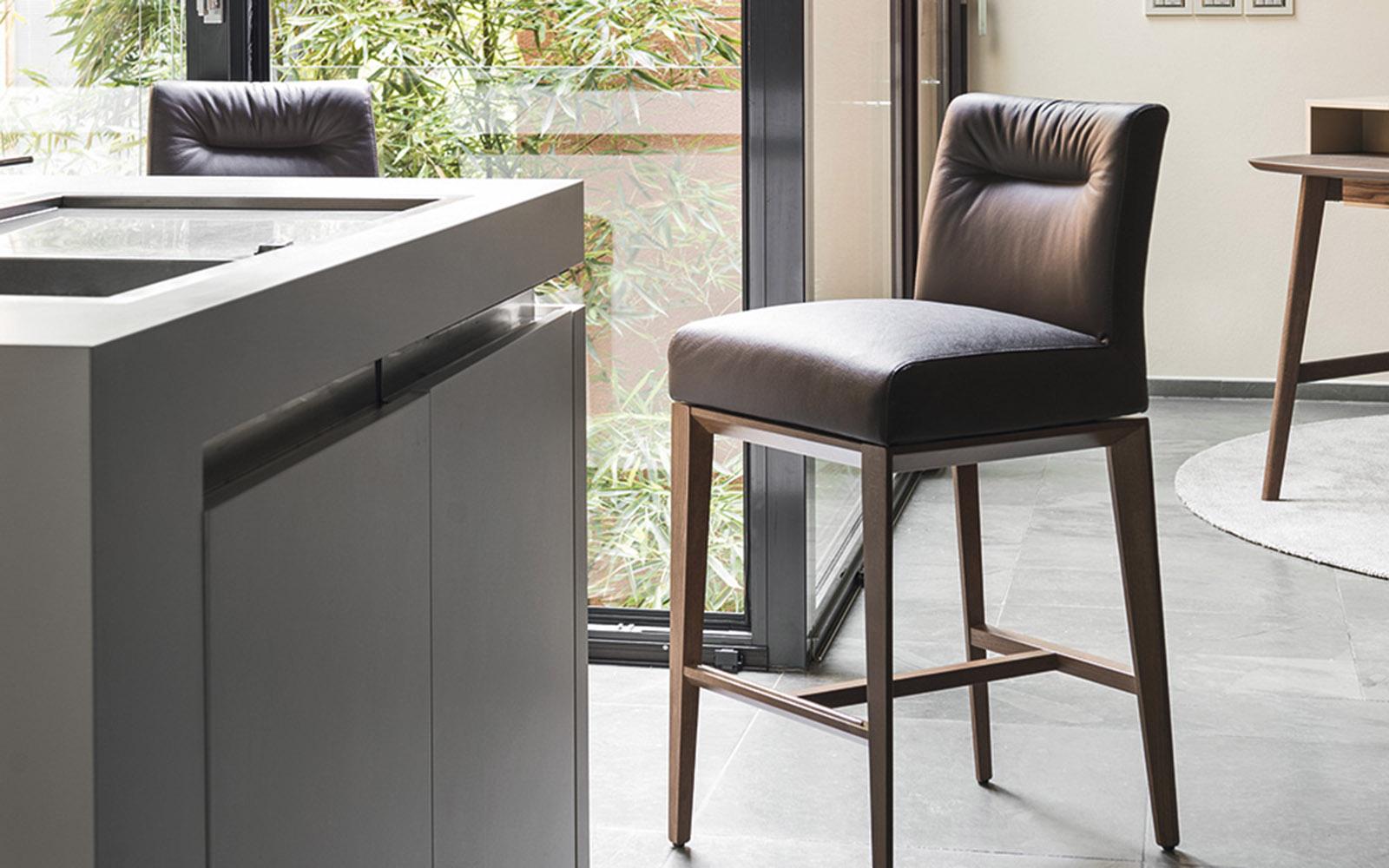 Sgabelli da bar di Ikea (50 foto): opzioni semi-bar ...