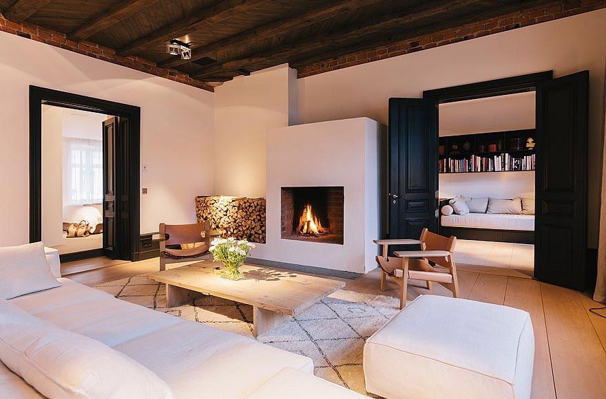 La conception du salon avec une cheminée dans la maison (49 ...