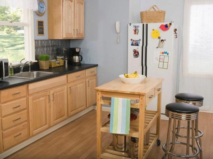 Petite cuisine avec un bar (52 photos): conception de ...